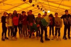 2015.02.25 Lekcja w-fu na lodowisku z kl. 1c