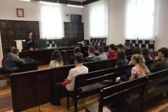 Klasa 8d w sądzie